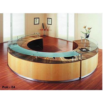 Poli 24 Reception Desk